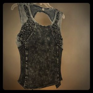 gimmicks by BKE Tops - BKE Backless Tank Top Distressed Top Medium